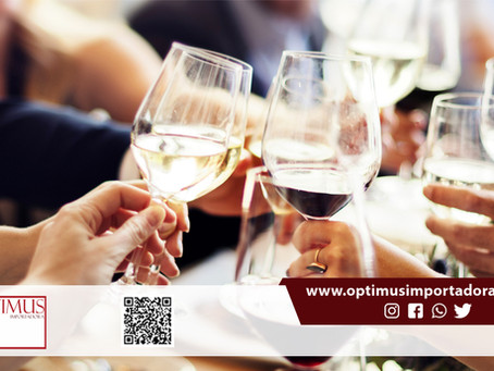 Veja com a Optimus harmonização especial de  para cada tipo de vinho: