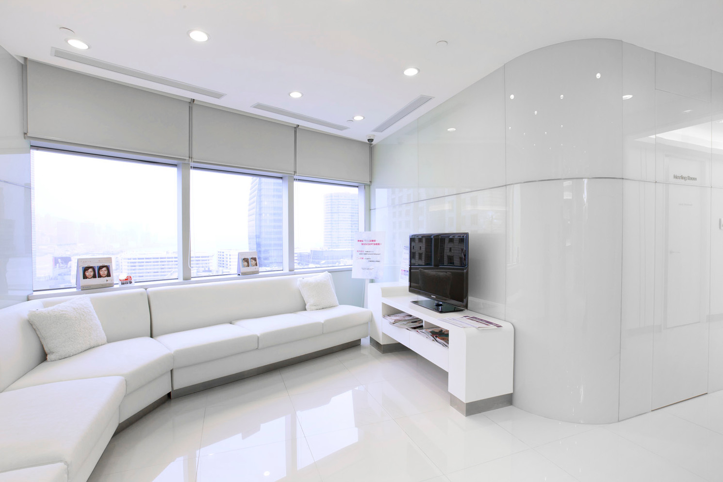 interiors0009.jpg