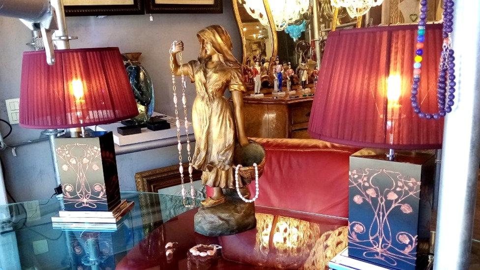 Vintage art Nouveau lamp