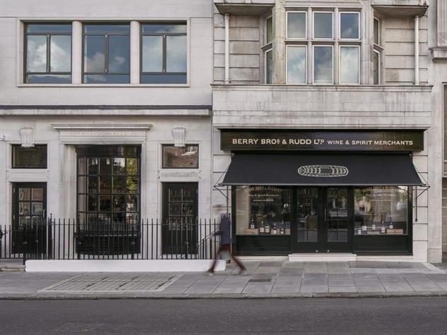 LONDON SW1Y / RETAIL