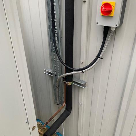 Installation - power supply to condenser unit