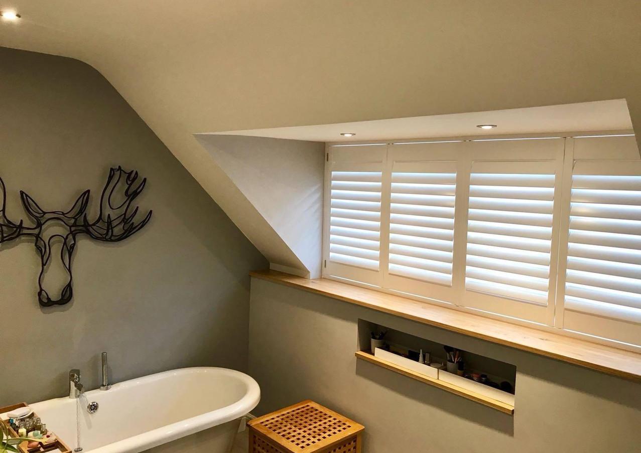 Installation - Bathroom decorative lighting