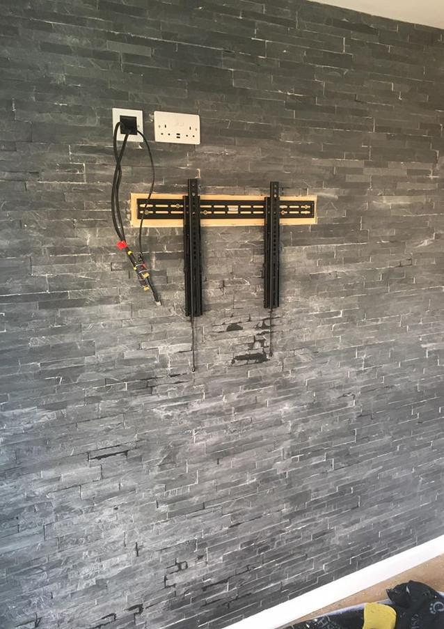 Installation - Media wall