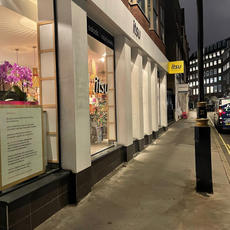 Royal Clean | Builders Clean London & Essex have been working in #Westminster with D2 Design & Build Ltd, completing our latest  #buildersclean for Itsu - Great Peter Street.