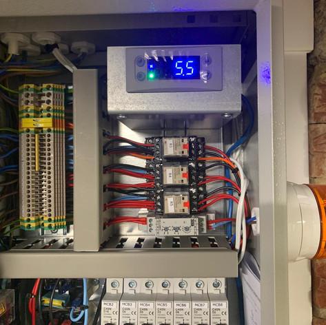 Installation - Refrigeration control panel