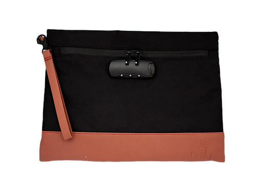 """""""Finesse"""" Faux Leather Travel Bag"""