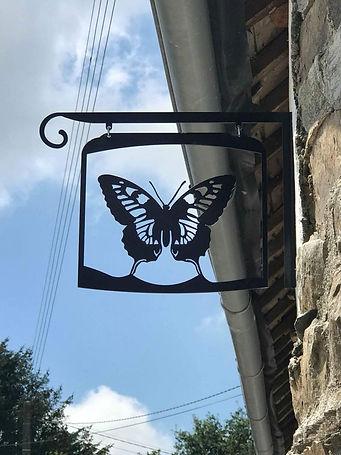 swallowtail22.jpg