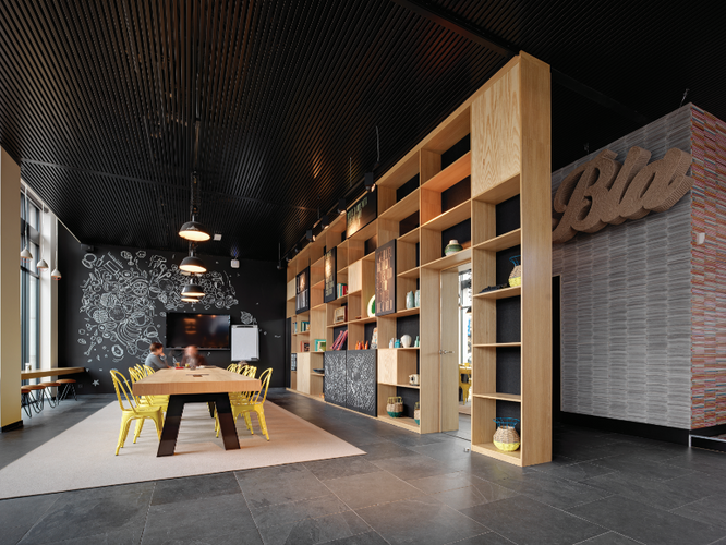 Stropní chlazení_SAPP_kavárna