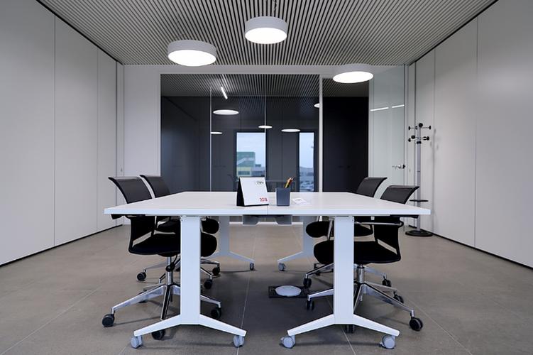 Stropní chlazení_SAPP_kancelář