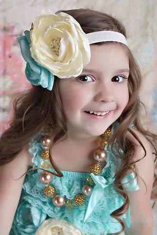 Gresham, Oregon Children's Photographer Ambrelee Taylor