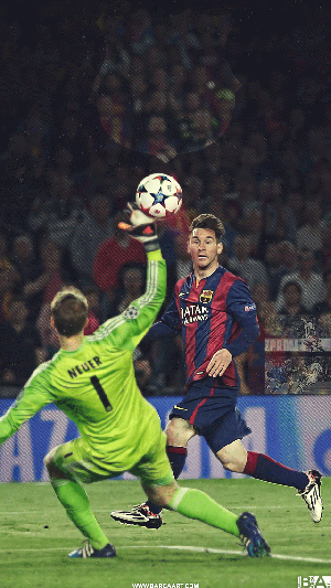 Messi chip over Neuer wallpaper