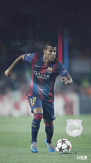 Rafinha with ball wallpaper