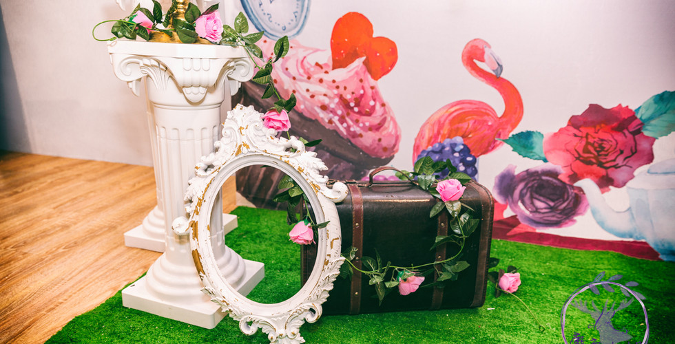 麋鹿小姐 婚禮背板出租l 午茶與兔