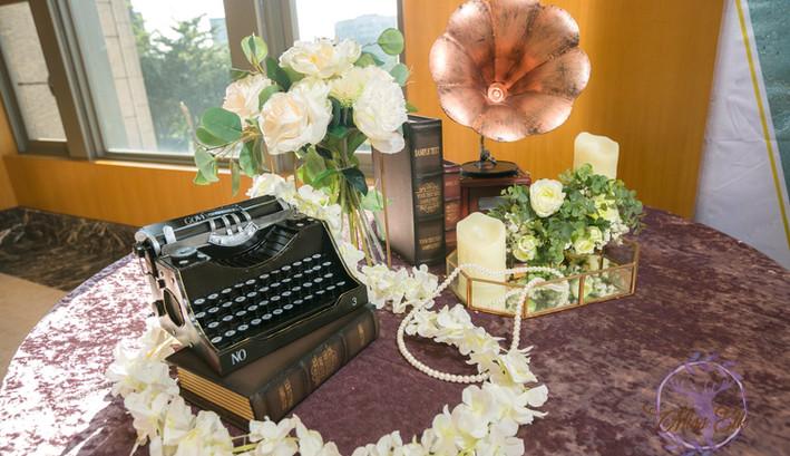 麋鹿小姐 婚禮背板出租 背板出租 婚禮背板 新竹婚禮佈置 苗栗婚禮佈置 高雄婚禮佈置 高雄婚禮背板 l 松石煙花