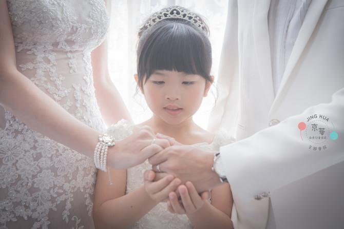 全家福推薦-京華婚紗-百坪大的室內外攝影空間 婉貞媽咪