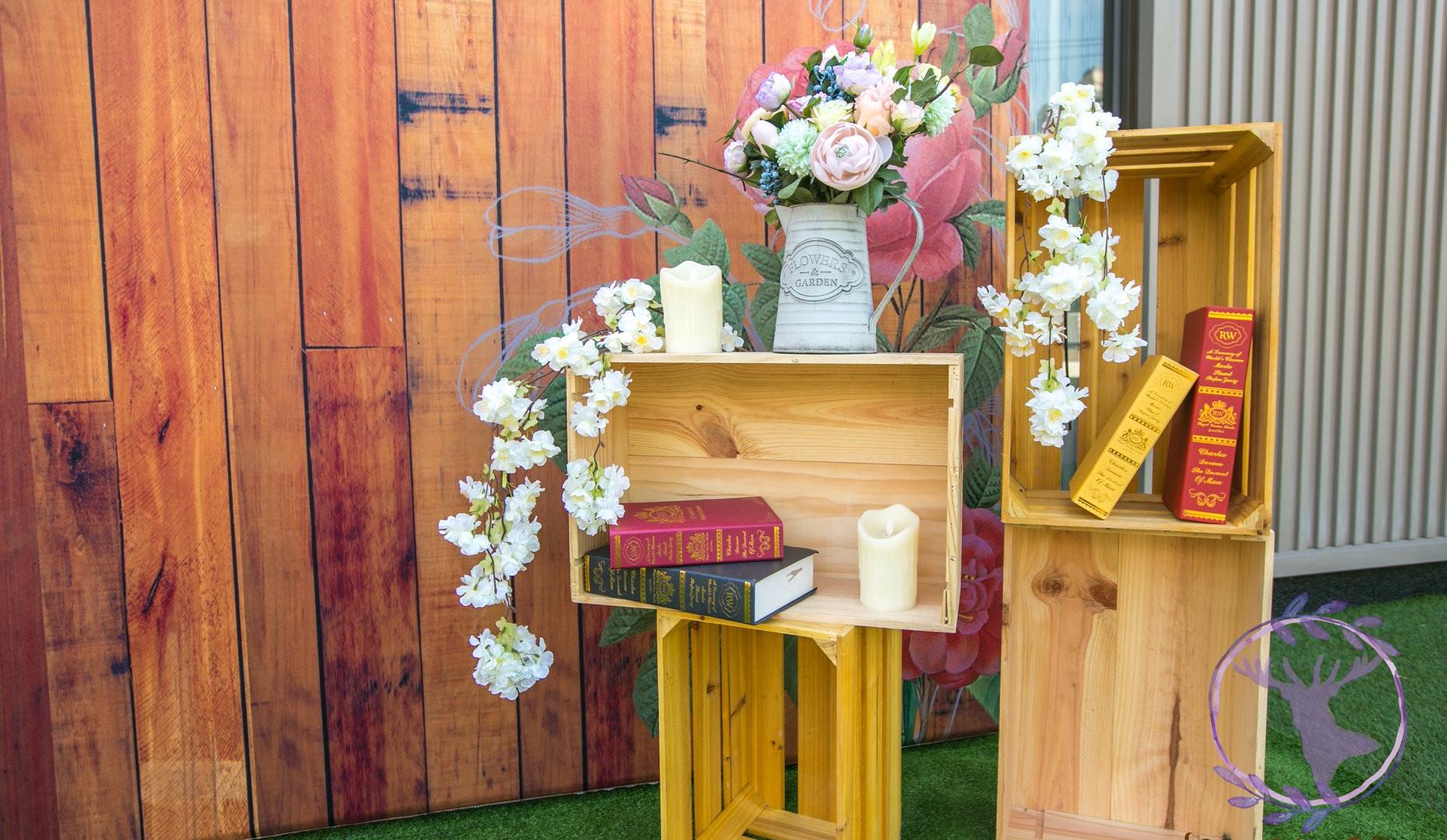 麋鹿小姐 婚禮背板出租 l 熱戀鄉村