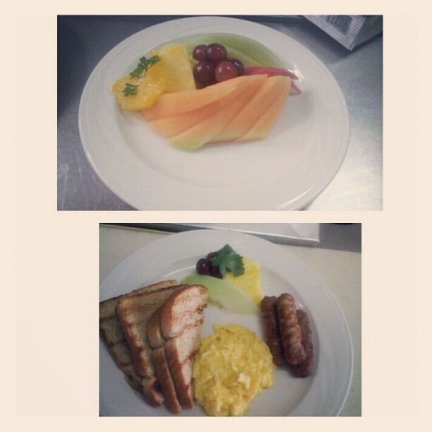 Breakfast for a customer