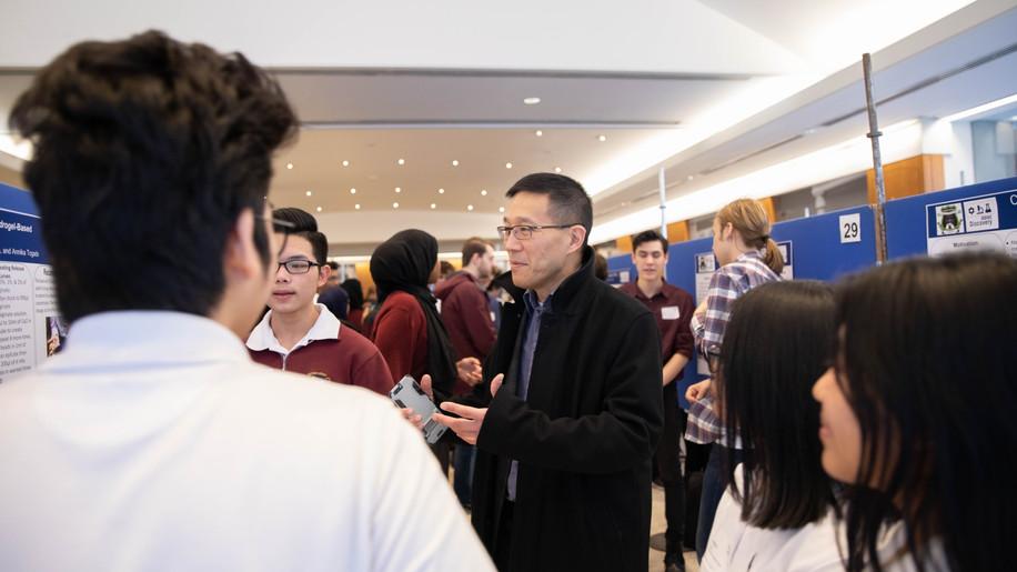 ibbme-discovery-symposium-jan-8th_49352197356_o.jpg