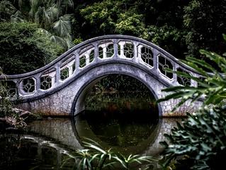 Kommst du zu mir auf die Brücke?