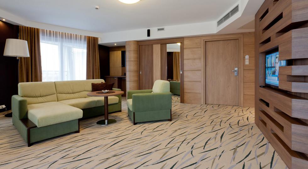 36f01-hotel_Unitral_apartament_morski_03