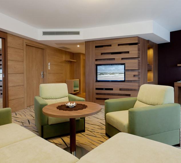 ca115-hotel_Unitral_apartament_morski_02