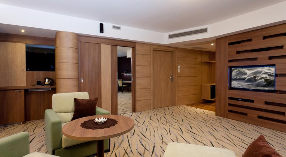 a7ed1-hotel_Unitral_apartament_morski_05