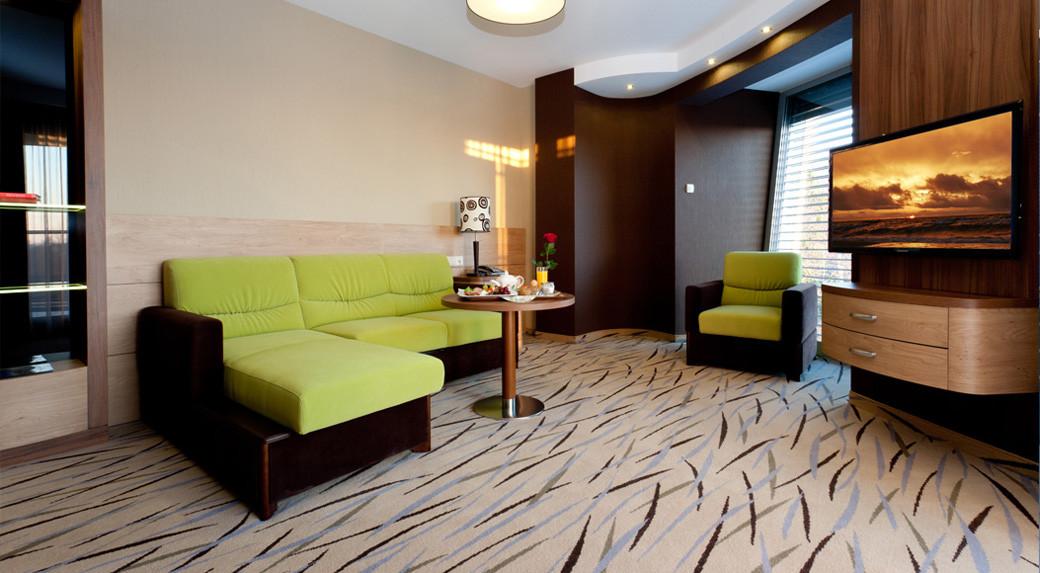 d5c6a-hotel_Unitral_apartament_14.jpg