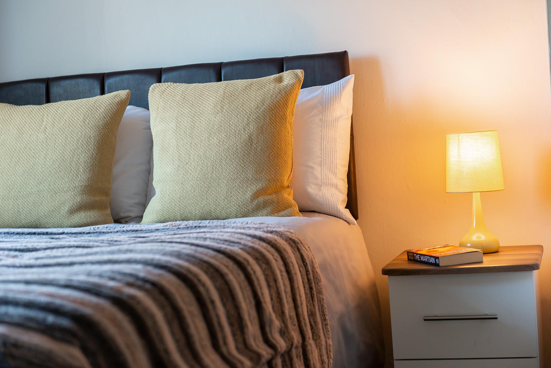 Apple Bedroom 4