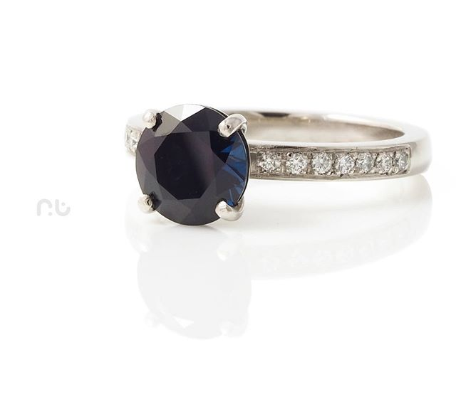 Final shot of this incredible Australian Blue Sapphire, diamond and platinum ring