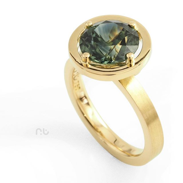 What's green, blue and yellow and likes to Parti.._ This 2.68ct Australian Parti Sapphire is perfect