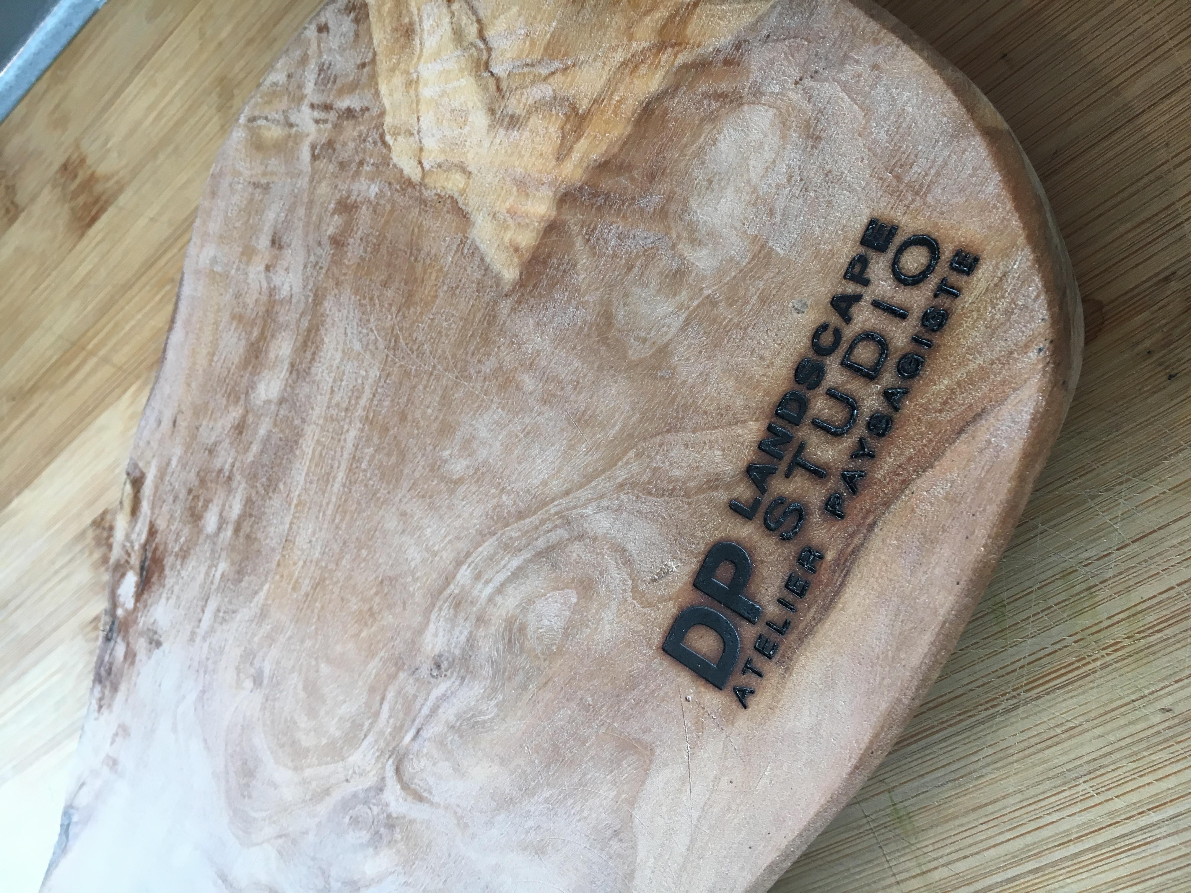 Planchette en bois d'olivier