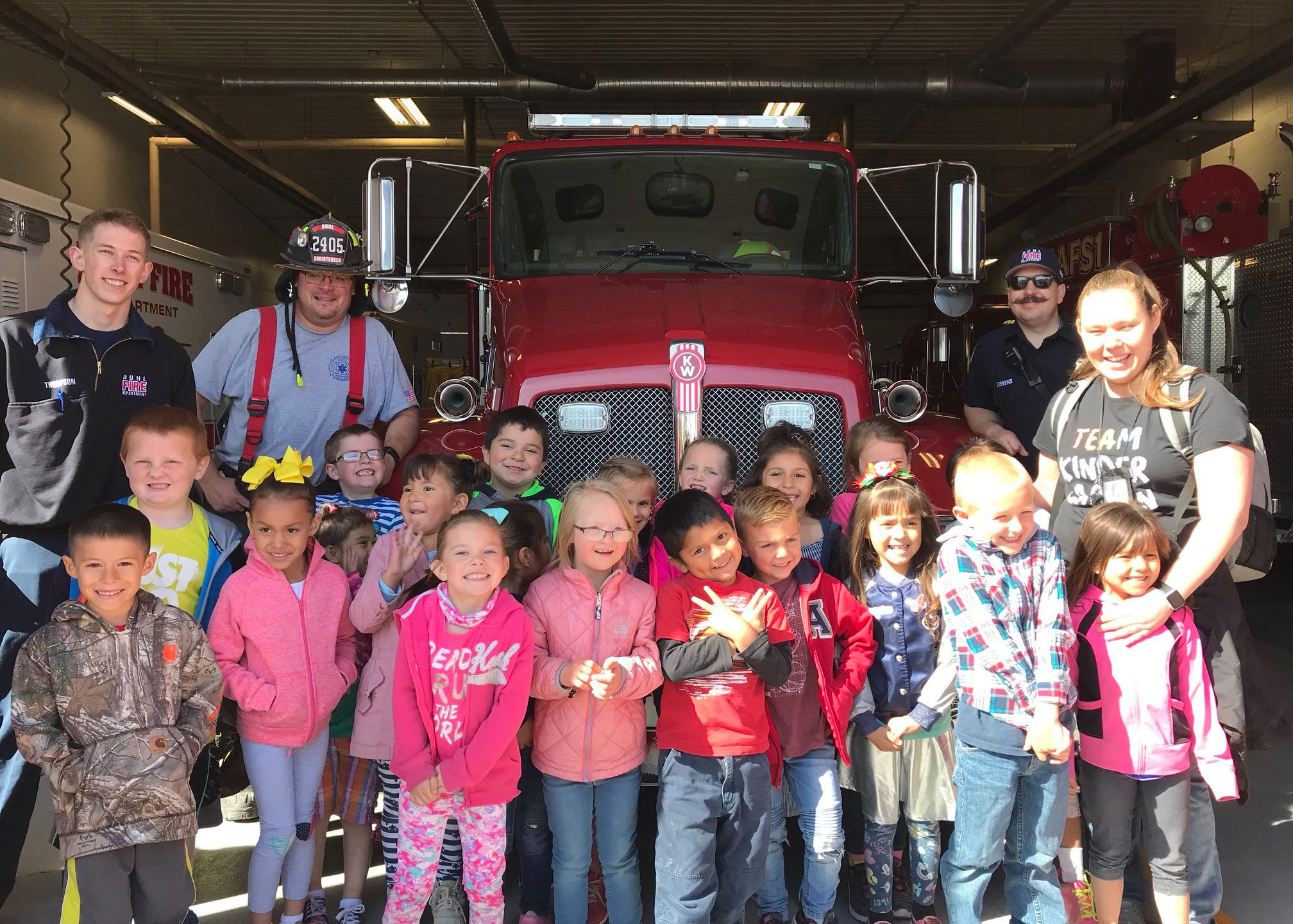 PES Students visit the Fire Department.