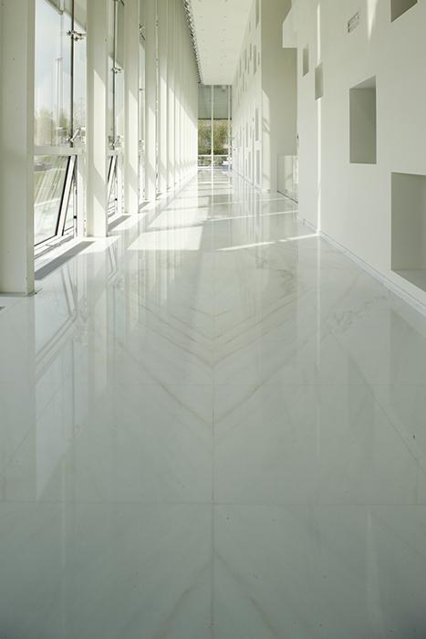 Marble raise floor