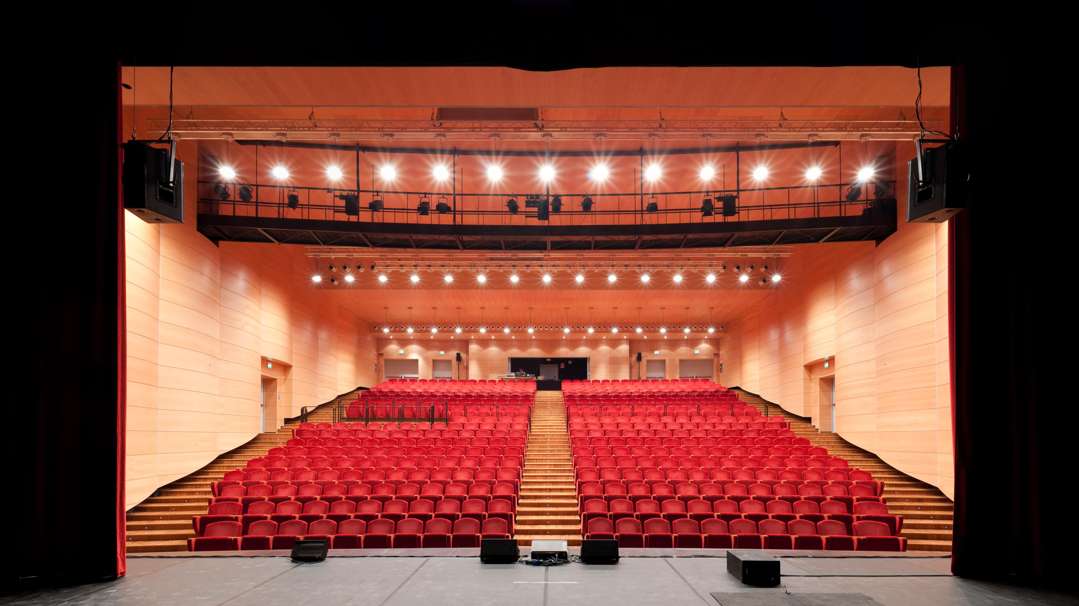 Elfo Puccini Theatre