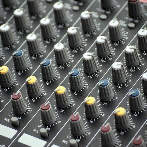 Musik-Verstärker-Reparatur