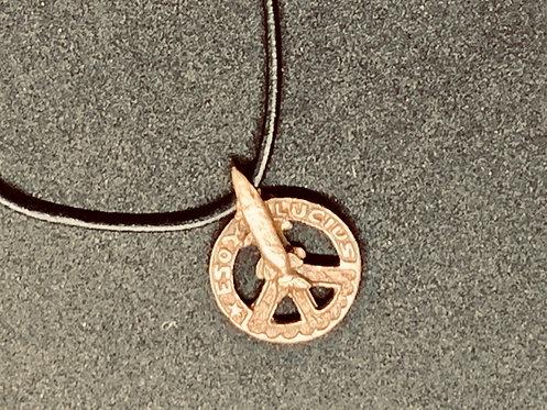Peace-gädda i brons