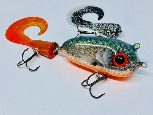 "Lovely Lures Iggy Tail Jr i färgen ""Fiskedestination"""