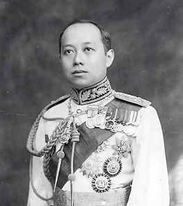 King_Vajiravudh_(Rama_VI)_of_Siam.jpg