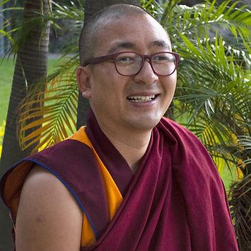 Buddhist Monk 1kx1k.jpg