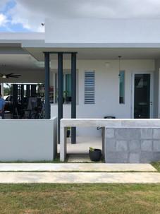 Interior posterior facade