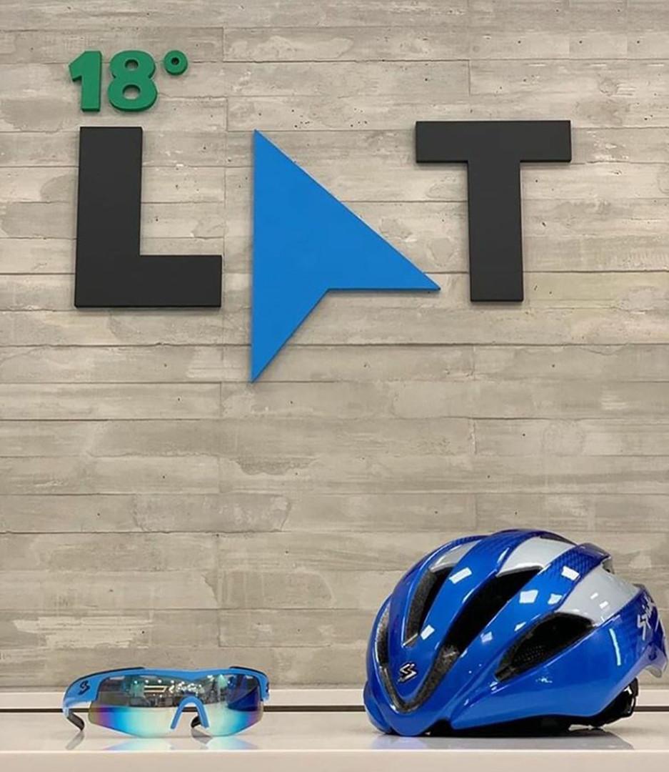 18° Latitude logo