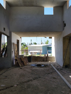 View froom living room to the exterior