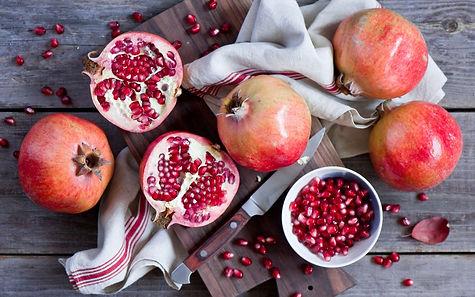 Pomegranate-Fruit-Desktop-Wallpaper-44045.jpg