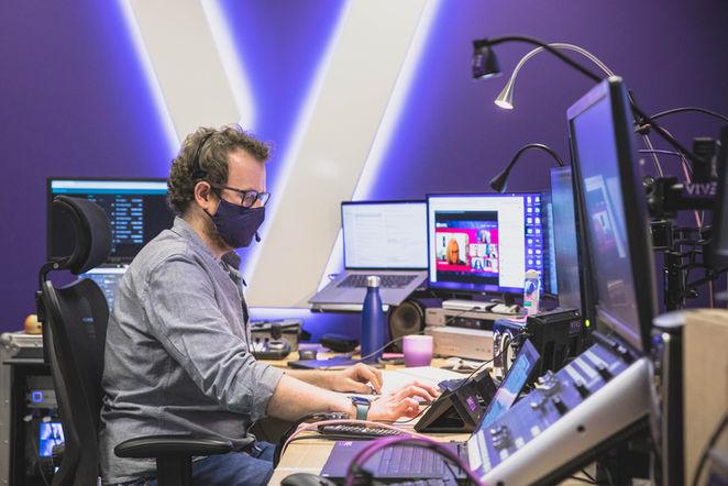 Vive Streaming-1.jpg
