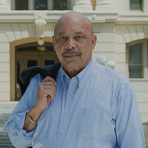 Councilmember Larry Carr