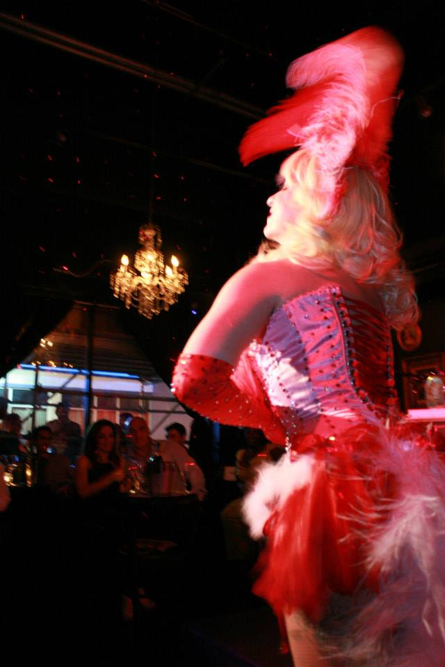 burlesque live entertainment