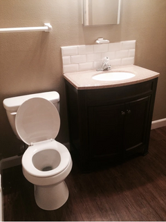 nw1bathroom.PNG