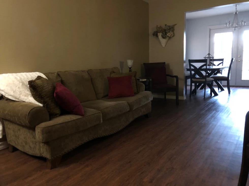 faash-sofa.PNG