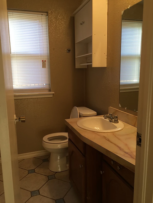 drexel-bathroom2.PNG