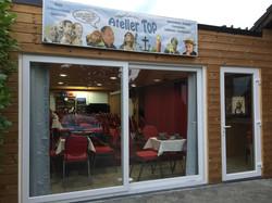 atelier-voorzijde-en-deur